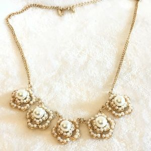 5/$20 Charming Charlie Gold & Faux Pearl Necklace